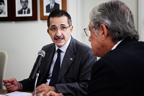 Luiz Otavio Gomes com Téo Vilela
