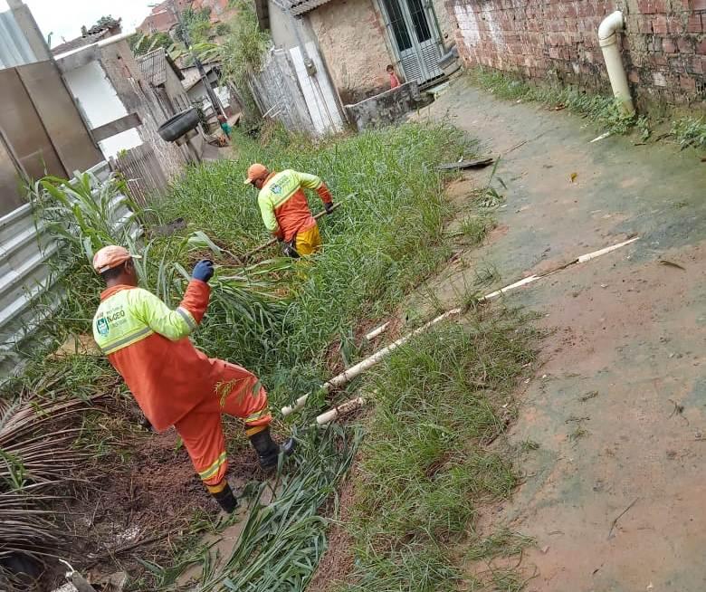 Equipes realizam limpeza de regiões afetadas pelo afundamento de solo - Foto: Ascom Sudes