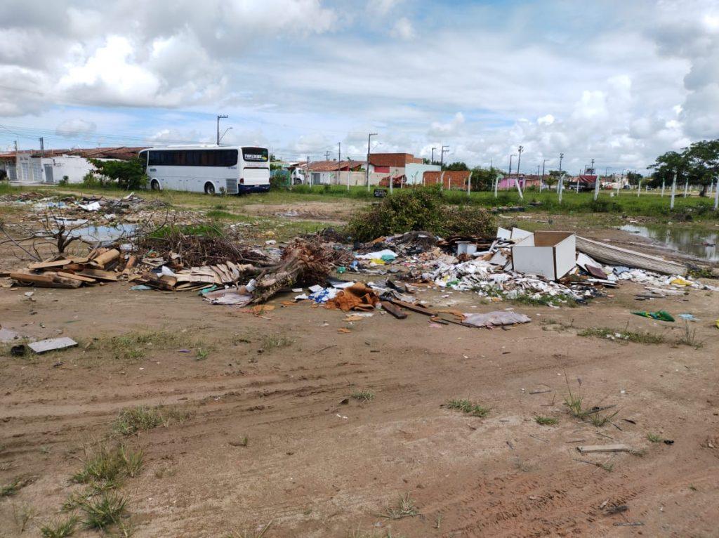 População pratica o descarte em local inadequado. Foto: Ascom Sudes